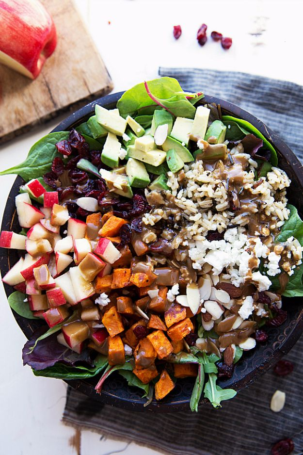 Healthy Thanksgiving Recipes - Roasted Sweet Potato And Wild Rice Salad - Low fat Versions of Your Favorite Holiday Recipe for Turkey, Stuffing, Gravy, Pie and Desserts, Appetizers, Vegetables and Side Dishes like Spinach, Broccoli, Cranberries, Mashed Potatoes, Sweet Potatoes and Green Beans - Easy and Quick Last Minute Thanksgiving Recipes for Low Carb, Low Fat and Clean Eating Diets http://diyjoy.com/healthy-thanksgiving-recipes