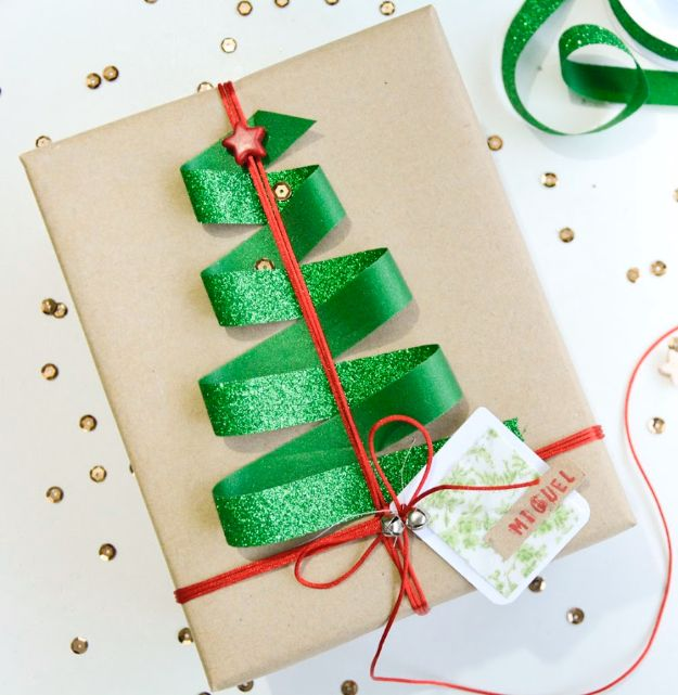Creative Bows For Packages - Simple Holiday Bow - Make DIY Bows for Christmas Presents and Holiday Gifts - Cute and Easy Ideas for Making Your Own Bows and Ribbons - Step by Step Tutorials and Instructions for Tying A Bow - Cheap and Crafty Gift Wrapping Ideas on A Budget http://diyjoy.com/diy-bows-gifts-packages