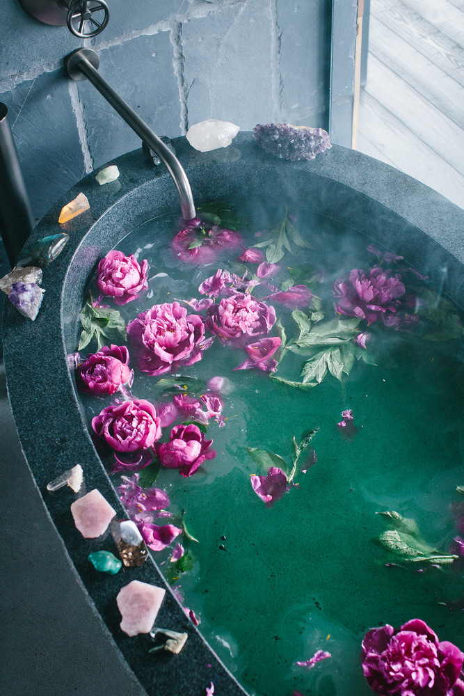DIY Spa Day Ideas - Spa-Like - Bath at Home Easy Sugar Scrubs, Lotions and Bath Ideas for The Best Pampering You Can Do At Home - Lavender Projects, Relaxing Baths and Bath Bombs, Tub Soaks and Facials - Step by Step Tutorials for Luxury Bath Products http://diyjoy.com/diy-spa-day-ideas