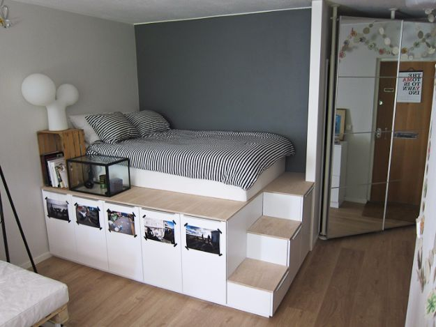 DIY Platform Beds - Storage Platform Bed - Easy Do It Yourself Bed Projects - Step by Step Tutorials for Bedroom Furniture - Learn How To Make Twin, Full, King and Queen Size Platforms - With Headboard, Storage, Drawers, Made from Pallets - Cheap Ideas You Can Make on a Budget http://diyjoy.com/diy-platform-beds