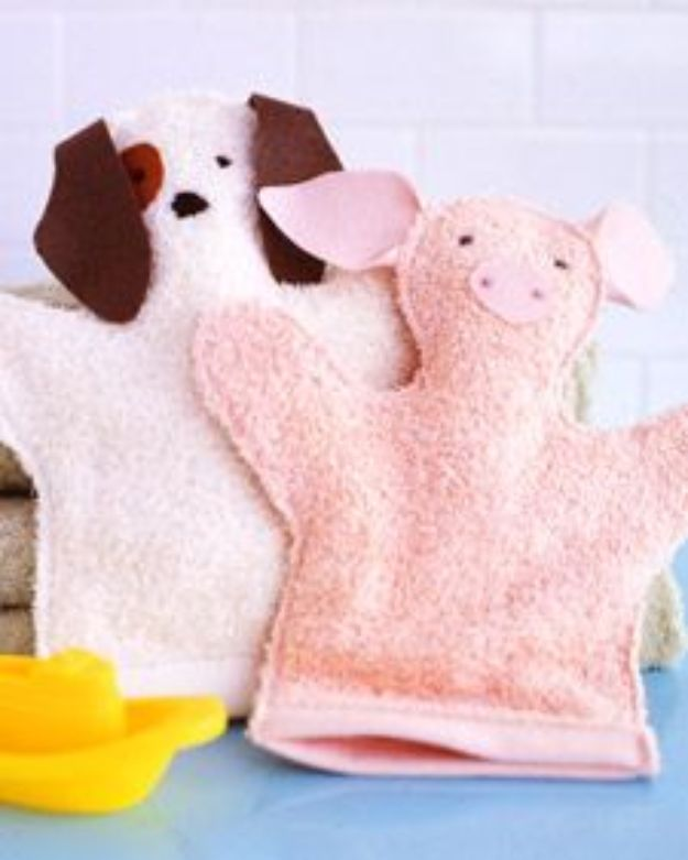 DIY Ideas With Old Towels - Washcloth Puppets - Cool Crafts To Make With An Old Towel - Cheap Do It Yourself Gifts and Home Decor on A Budget - Creative But Cheap Ideas for Decorating Your House and Room - Upcycle Those Towels Instead of Throwing Them Away! http://diyjoy.com/diy-ideas-old-towels