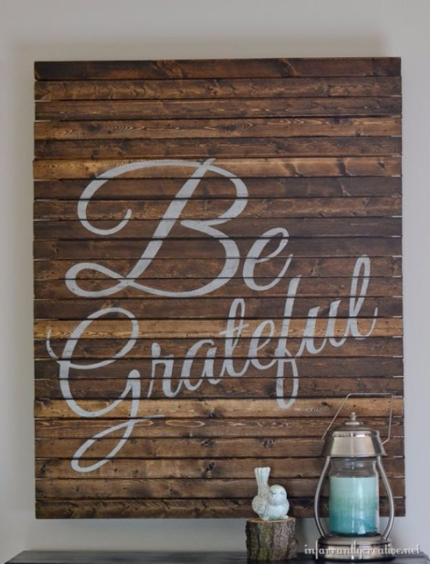 Best DIY Home Decor Crafts - Be Grateful Pallet Art - Easy Craft Ideas To Make From Dollar Store Items - Cheap Wall Art, Easy Do It Yourself Gifts, Modern Wall Art On A Budget, Tabletop and Centerpiece Tutorials - Cool But Affordable Room and Home Decor With Step by Step Tutorials #diyhomedecor