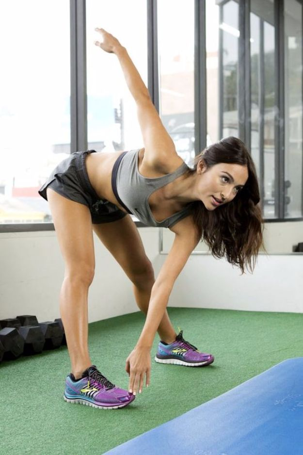 Best Exercises for 2018 - Brazilian Ab Workout - Easy At Home Exercises - Quick Exercise Tutorials to Try at Lunch Break - Ways To Get In Shape - Butt, Abs, Arms, Legs, Thighs, Tummy http://diyjoy.com/best-at-home-exercises-2018