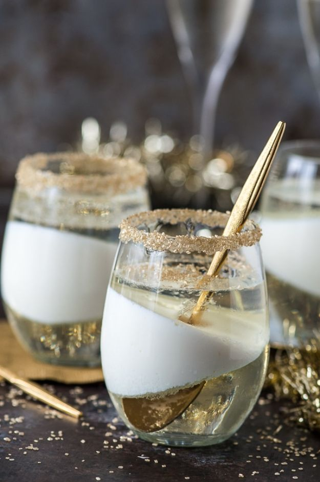 New Years Eve Party Recipes - Champagne Jello Cups - Best New Year Drinks, Cocktails, Appetizers and Party Foods for Your New Year's Eve Celebration - Quick Desserts, Snacks, Dips, Finger Foods, Cake and Champagne Toast Recipe Ideas - Fun and Easy Foods To Serve For A Crowd #newyears #recipes