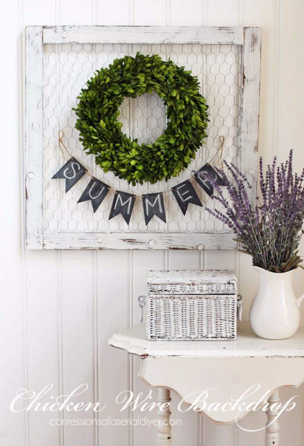 Best DIY Home Decor Crafts - Chicken Wire Backdrop - Easy Craft Ideas To Make From Dollar Store Items - Cheap Wall Art, Easy Do It Yourself Gifts, Modern Wall Art On A Budget, Tabletop and Centerpiece Tutorials - Cool But Affordable Room and Home Decor With Step by Step Tutorials http://diyjoy.com/diy-home-decor-crafts