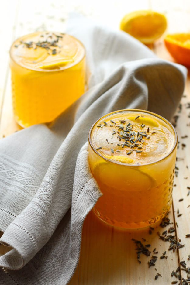 Best Drink Recipes for New Years Eve - Clementine, Lavender & Meyer Lemon Fizz - Creative Cocktails, Drinks, Champagne Toasts, and Punch Mixes for A New Year's Eve Party - Ideas for Serving, Glasses, Fun Ideas for Shots and Cocktails - Easy Vodka Recipes, Non Alcoholic, Whisky Rum and Party Punches #newyearseve