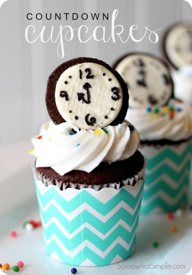 New Years Eve Party Recipes -Countdown Cupcakes - Best New Year Drinks, Cocktails, Appetizers and Party Foods for Your New Year's Eve Celebration - Quick Desserts, Snacks, Dips, Finger Foods, Cake and Champagne Toast Recipe Ideas - Fun and Easy Foods To Serve For A Crowd http://diyjoy.com/new-years-eve-recipes