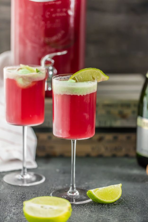 Best Drink Recipes for New Years Eve - Cranberry Limeade Champagne Punch - Creative Cocktails, Drinks, Champagne Toasts, and Punch Mixes for A New Year's Eve Party - Ideas for Serving, Glasses, Fun Ideas for Shots and Cocktails - Easy Vodka Recipes, Non Alcoholic, Whisky Rum and Party Punches #newyearseve