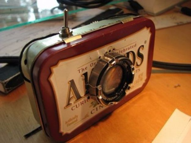 DIY Gadgets - DIY Film Projector That Fits In The Palm Of Your Hand - Homemade Gadget Ideas and Projects for Men, Women, Teens and Kids - Steampunk Inventions, How To Build Easy Electronics, Cool Spy Gear and Do It Yourself Tech Toys http://diyjoy.com/diy-gadgets