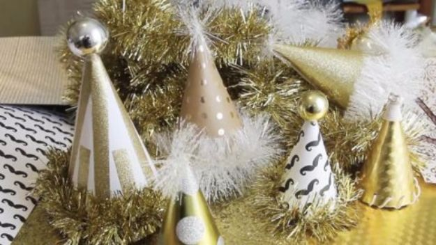 New Years Eve Decor Ideas - DIY New Year's Eve Hat - DIY New Year's Eve Decorations - Cheap Ideas for Banners, Balloons, Party Tables, Centerpieces and Festive Streamers and Lights - Cool Placecards, Photo Backdrops, Party Hats, Party Horns and Champagne Glasses - Cute Invitations, Games and Free Printables http://diyjoy.com/new-years-eve-decor-ideas