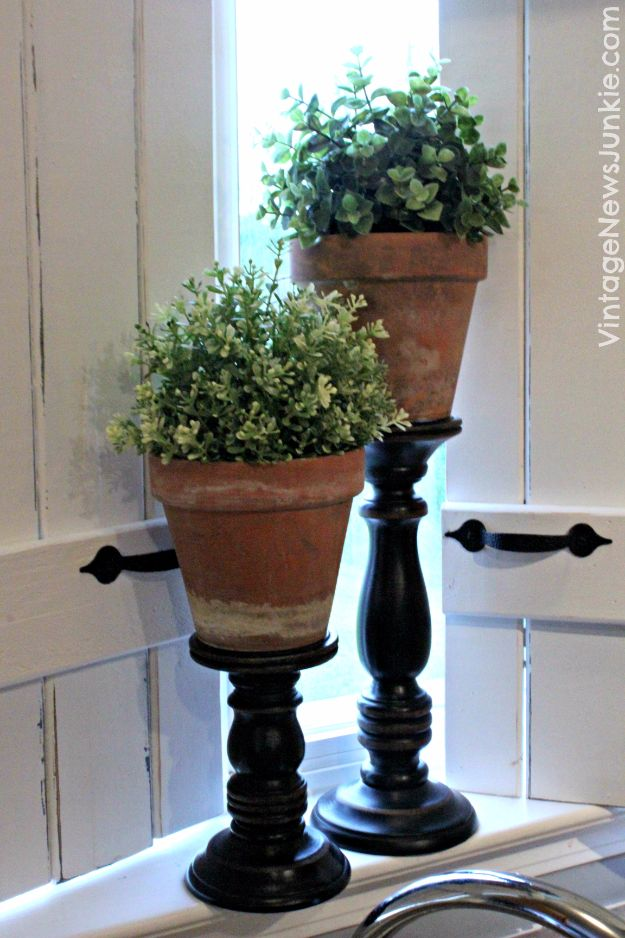 Best DIY Home Decor Crafts - DIY Topiary Centerpiece - Easy Craft Ideas To Make From Dollar Store Items - Cheap Wall Art, Easy Do It Yourself Gifts, Modern Wall Art On A Budget, Tabletop and Centerpiece Tutorials - Cool But Affordable Room and Home Decor With Step by Step Tutorials #diyhomedecor