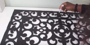 You Won't Believe The Amazing Home Decor Item She Makes With A Rubber Door Mat. Watch!