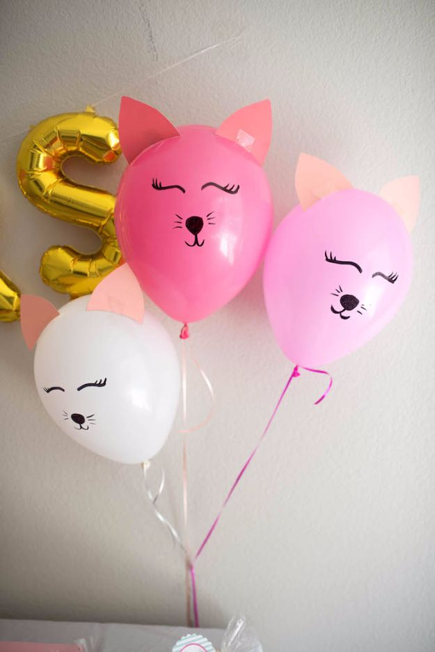 Balloon Crafts - Kitty Cat Balloons - Fun Balloon Craft Ideas, Wall Art Projects and Cute Ballon Decor - DIY Balloon Ideas for Toddlers, Preschool Kids, Teens and Adults - Cheap Crafts Made With Balloons - Pumpkins, Bowls, Marshmallow Shooters, Balls, Glow Stick, Hot Air, Stress Ball http://diyjoy.com/balloon-crafts