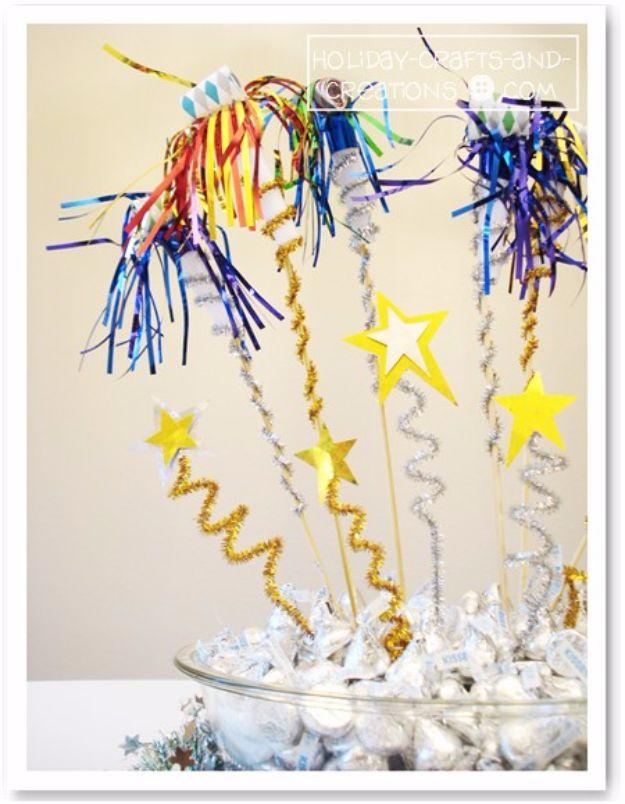 New Years Eve Decor Ideas - Noisemaker Centerpiece - DIY New Year's Eve Decorations - Cheap Ideas for Banners, Balloons, Party Tables, Centerpieces and Festive Streamers and Lights - Cool Placecards, Photo Backdrops, Party Hats, Party Horns and Champagne Glasses - Cute Invitations, Games and Free Printables #diy #newyearseve #parties