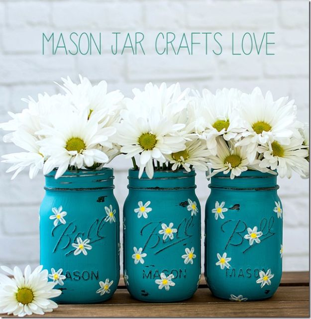 Best DIY Home Decor Crafts - Painted Daisy Mason Jar - Easy Craft Ideas To Make From Dollar Store Items - Cheap Wall Art, Easy Do It Yourself Gifts, Modern Wall Art On A Budget, Tabletop and Centerpiece Tutorials - Cool But Affordable Room and Home Decor With Step by Step Tutorials #diyhomedecor