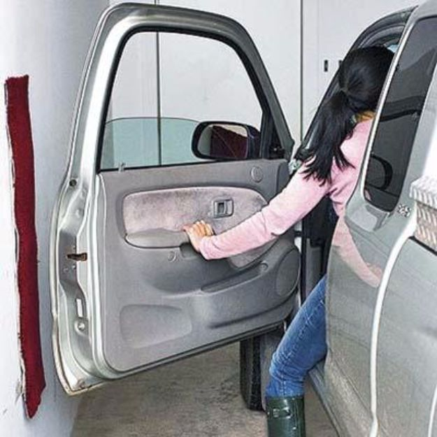 DIY Ideas With Carpet Scraps - Protect Your Car Doors From Damage - Cool Crafts To Make With Old Carpet Remnants - Cheap Do It Yourself Gifts and Home Decor on A Budget - Creative But Cheap Ideas for Decorating Your House and Room - Painted, No Sew and Creative Arts and Craft Projects http://diyjoy.com/diy-ideas-carpet-scraps