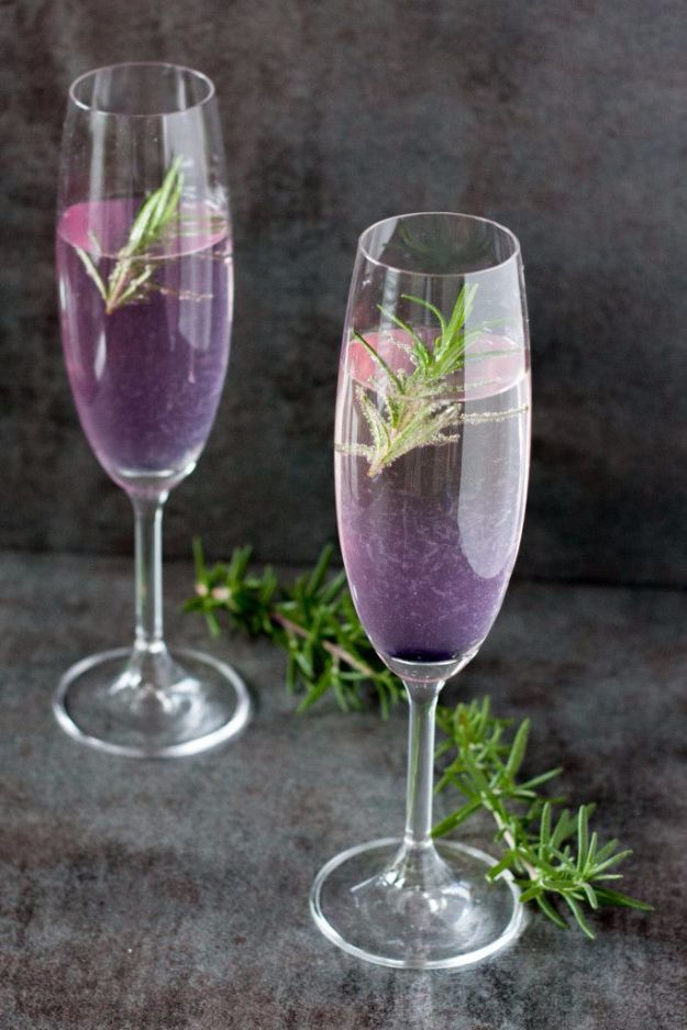 Best Drink Recipes for New Years Eve - Rosemary 75 Champagne Cocktail - Creative Cocktails, Drinks, Champagne Toasts, and Punch Mixes for A New Year's Eve Party - Ideas for Serving, Glasses, Fun Ideas for Shots and Cocktails - Easy Vodka Recipes, Non Alcoholic, Whisky Rum and Party Punches #newyearseve