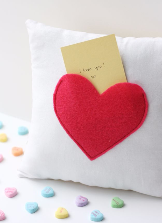 DIY Valentines Day Gifts for Her - Secret Pocket Pillow - Cool and Easy Things To Make for Your Wife, Girlfriend, Fiance - Creative and Cheap Do It Yourself Projects to Give Your Girl - Ladies Love These Ideas for Bath, Yard, Home and Kitchen, Outdoors - Make, Don't Buy Your Valentine http://diyjoy.com/diy-valentines-gifts-her