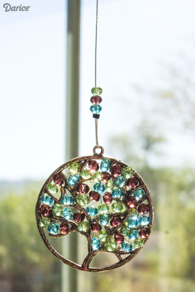 DIY Ideas With Beads - Beaded Suncatcher - Cool Crafts and Do It Yourself Ideas Made With Beads - Outdoor Windchimes, Indoor Wall Art, Cute and Easy DIY Gifts - Fun Projects for Kids, Adults and Teens - Bead Project Tutorials With Step by Step Instructions - Best Crafts To Make and Sell on Etsy