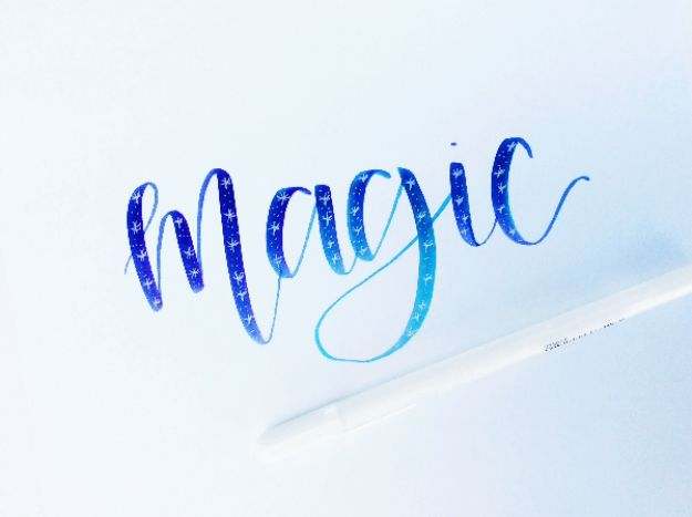 Brush lettering tutorials you need in your crafting