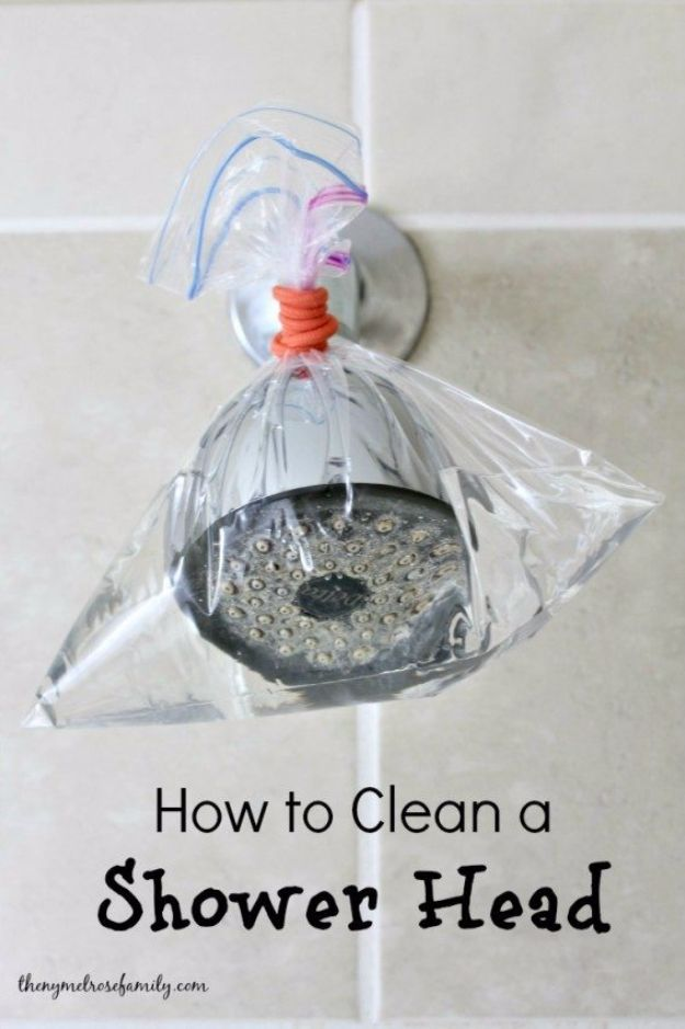 Best Spring Cleaning Ideas - Clean a Shower Head - Easy Cleaning Tips For Home - DIY Cleaning Hacks and Product Recipes - Tips and Tricks for Cleaning the Bathroom, Kitchen, Floors and Countertops - Cheap Solutions for A Clean House #springcleaning