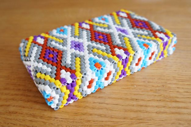 DIY Ideas With Beads - Cute Bead Pouch - Cool Crafts and Do It Yourself Ideas Made With Beads - Outdoor Windchimes, Indoor Wall Art, Cute and Easy DIY Gifts - Fun Projects for Kids, Adults and Teens - Bead Project Tutorials With Step by Step Instructions - Best Crafts To Make and Sell on Etsy