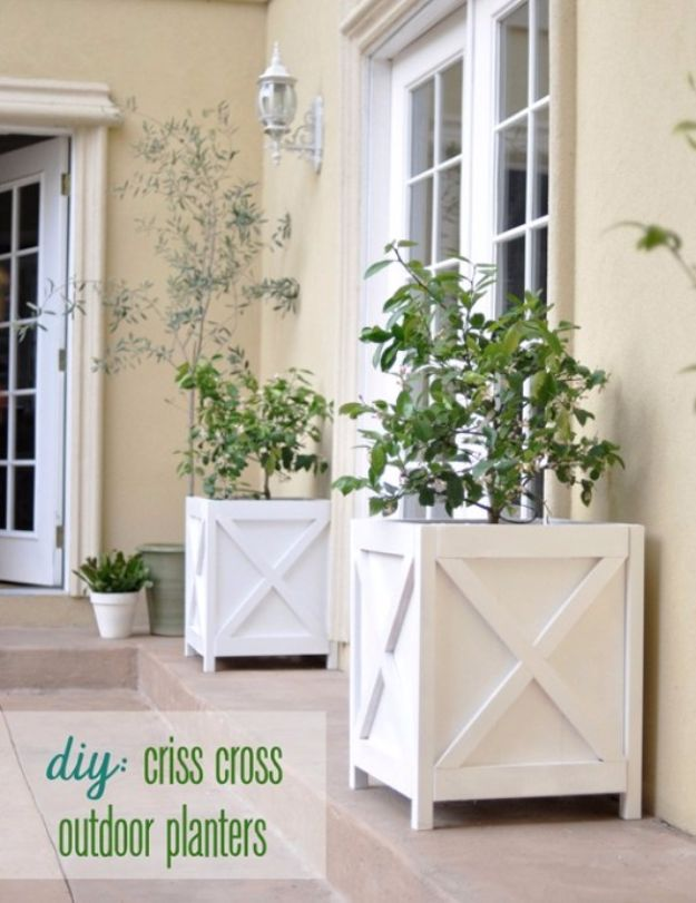 DIY Outdoor Planters - DIY Criss Cross Outdoor Planters - Easy Planter Ideas to Make for The Porch, Pation and Backyard - Your Plants Will Love These DIY Plant Holders, Potting Ideas and Planter Boxes - Gardening DIY for Big and Small Plants Outdoors - Concrete, Wood, Cheap, Simple, Modern and Rustic Projects With Step by Step Instructions http://diyjoy.com/diy-oudoor-planters
