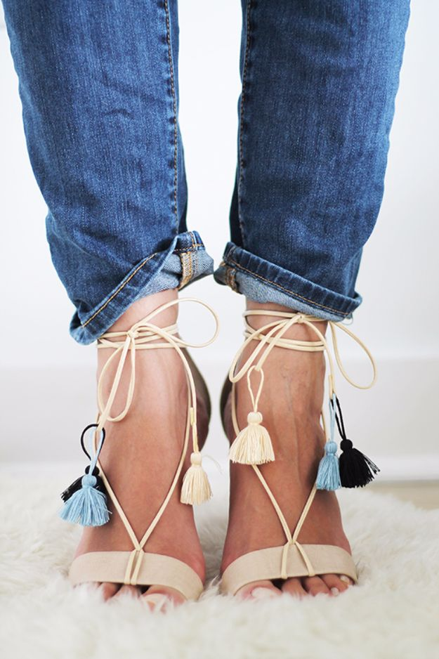 DIY Fashion for Spring - DIY File Tasseled Lace-Up Sandals - Easy Homemade Clothing Tutorials and Things To Make To Wear - Cute Patterns and Projects for Women to Make, T-Shirts, Skirts, Dresses, Shorts and Ideas for Jeans and Pants - Tops, Tanks and Tees With Free Tutorial Ideas and Instructions http://diyjoy.com/fashion-for-spring