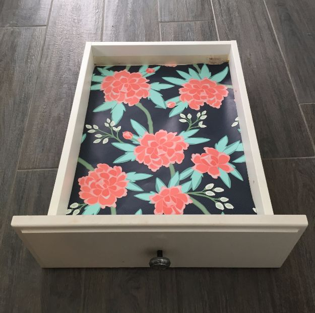 DIY Ideas for Wallpaper Scraps - Drawer Liners - Cute Projects and Easy DIY Gift Ideas to Make With Leftover Wall Paper - Fun Home Decor, Homemade Wall Art Idea Tutorials, Creative Ways to Use Old Wallpapers - Cool Crafts for Men, Women and Teens http://diyjoy.com/diy-ideas-wallpaper-scraps
