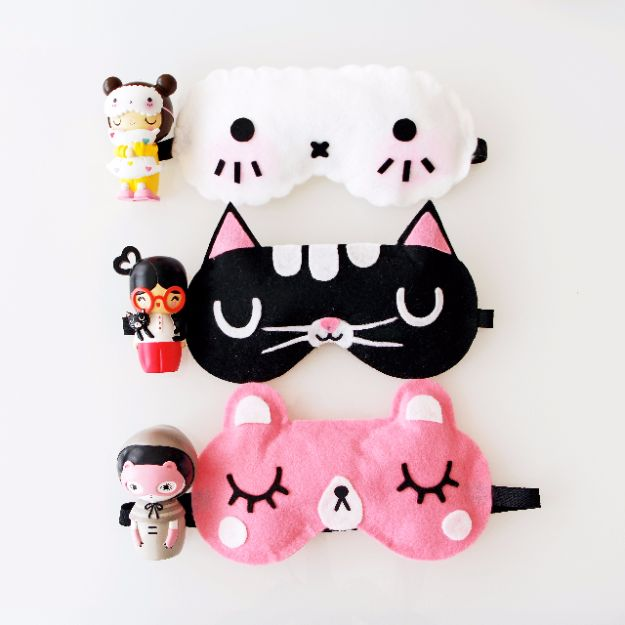 DIY Sleep Masks - Momiji Doll Inspired Sleep Mask - Cute and Easy Ideas for Making a Homemade Sleep Mask - Best DIY Gift Ideas for Her - Cool Crafts To Make and Sell On Etsy - Creative Presents for Girls, Women and Teens - Do It Yourself Sleeping With Words, Accents and Fun Accessories for Relaxing   #diy #diygifts