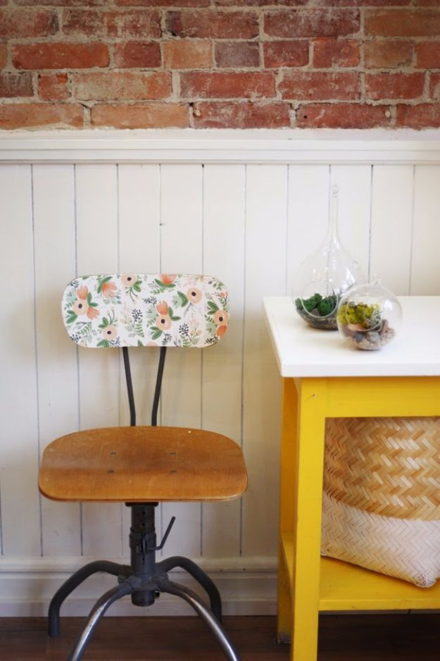 DIY Ideas for Wallpaper Scraps - Vintage Chair Makeover - Cute Projects and Easy DIY Gift Ideas to Make With Leftover Wall Paper - Fun Home Decor, Homemade Wall Art Idea Tutorials, Creative Ways to Use Old Wallpapers - Cool Crafts for Men, Women and Teens http://diyjoy.com/diy-ideas-wallpaper-scraps