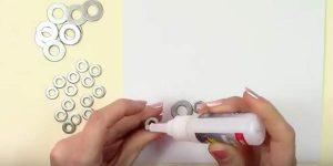 It's Amazing The Easy DIY She Makes With Washers From The Hardware Store!