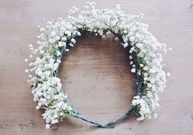 DIY Flowers for Weddings - Baby's Breath Flower Crown - Centerpieces, Bouquets, Arrangements for Wedding Ceremony - Aisle Ideas, Rustic Bouquet Projects - Paper, Cheap, Fake Floral, Silk Flower Centerpiece To Make For Brides on A Budget - Decor for Spring, Summer, Winter and Fall http://diyjoy.com/diy-flowers-for-weddings
