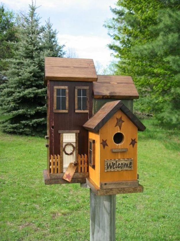 DIY Bird Houses - Build a Bird House - Easy Bird House Ideas for Kids and Adult To Make - Free Plans and Tutorials for Wooden, Simple, Upcyle Designs, Recycle Plastic and Creative Ways To Make Rustic Outdoor Decor and a Home for the Birds - Fun Projects for Your Backyard This Summer http://diyjoy.com/diy-bird-houses
