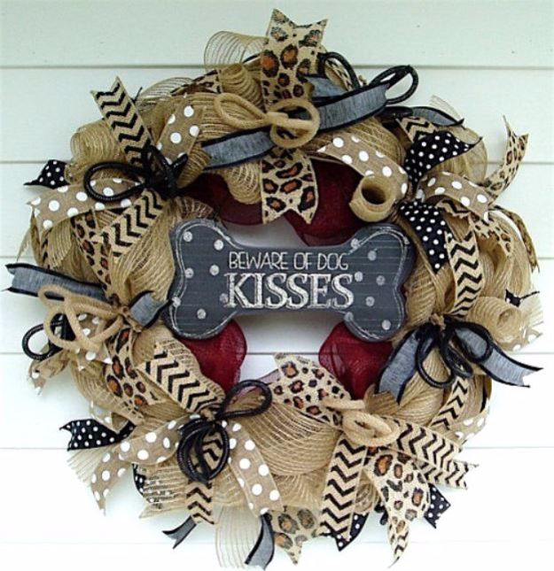 DIY Ideas With Dogs - Burlap Deco Mesh Wreath - Cute and Easy DIY Projects for Dog Lovers - Wall and Home Decor Projects, Things To Make and Sell on Etsy - Quick Gifts to Make for Friends Who Have Puppies and Doggies - Homemade No Sew Projects- Fun Jewelry, Cool Clothes and Accessories #dogs #crafts #diyideas