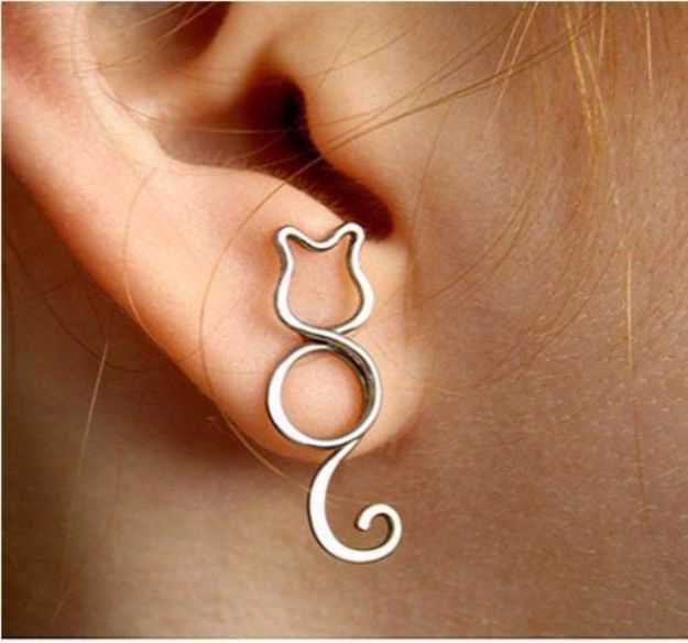 DIY Ideas With Cats - Cat Wire Jewelry - Cute and Easy DIY Projects for Cat Lovers - Wall and Home Decor Projects, Things To Make and Sell on Etsy - Quick Gifts to Make for Friends Who Have Kittens and Kitties - Homemade No Sew Projects- Fun Jewelry, Cool Clothes, Pillows and Kitty Accessories http://diyjoy.com/diy-ideas-cats