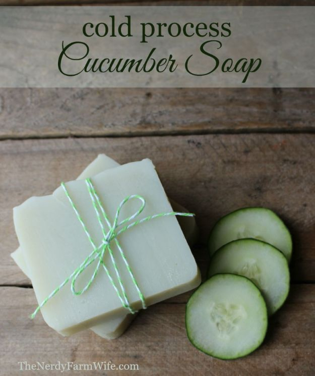 DIY Soap Recipes - Cold Process Cucumber Soap - Melt and Pour, Homemade Recipe Without Lye - Natural Soap crafts for Kids - Shea Butter, Essential Oils, Easy Ides With 3 Ingredients - soap recipes with step by step tutorials #soap #diygifts