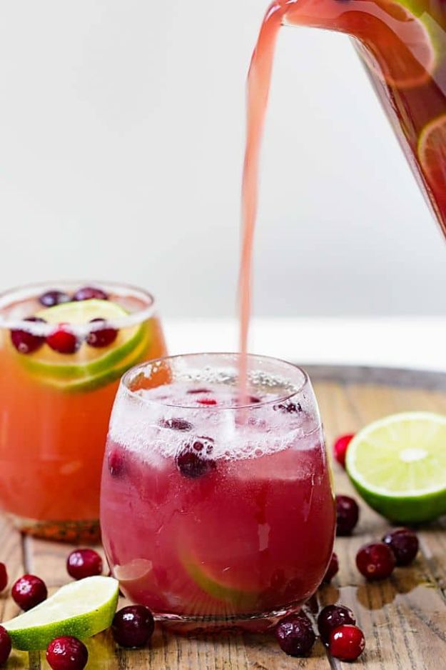 Best Dinner Party Ideas - Cranberry Pineapple Punch - Best Recipes for Foods to Serve, Casseroles, Finger Foods, Desserts and Appetizers- Place Settings and Cards, Centerpieces, Table Decor and Recipe Ideas for Supper Clubs and Dinner Parties http://diyjoy.com/best-dinner-party-ideas