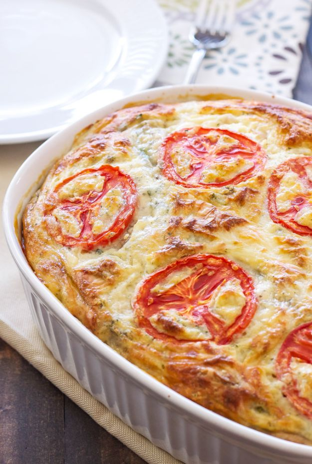 Best Brunch Recipes - Crustless Vegetable Quiche - Eggs, Pancakes, Waffles, Casseroles, Vegetable Dishes and Side, Potato Recipe Ideas for Brunches - Serve A Crowd and Family with the versions of Eggs Benedict, Mimosas, Muffins and Pastries, Desserts - Make Ahead , Slow Cooler and Healthy Casserole Recipes #brunch #breakfast #recipes