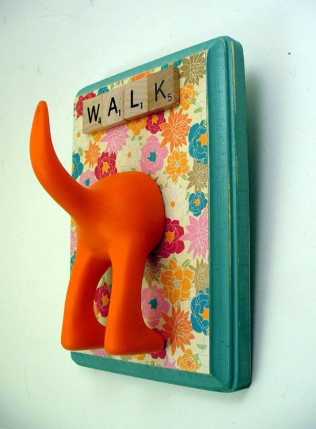 DIY Ideas With Dogs - DIY Leash Holder - Cute and Easy DIY Projects for Dog Lovers - Wall and Home Decor Projects, Things To Make and Sell on Etsy - Quick Gifts to Make for Friends Who Have Puppies and Doggies - Homemade No Sew Projects- Fun Jewelry, Cool Clothes and Accessories #dogs #crafts #diyideas