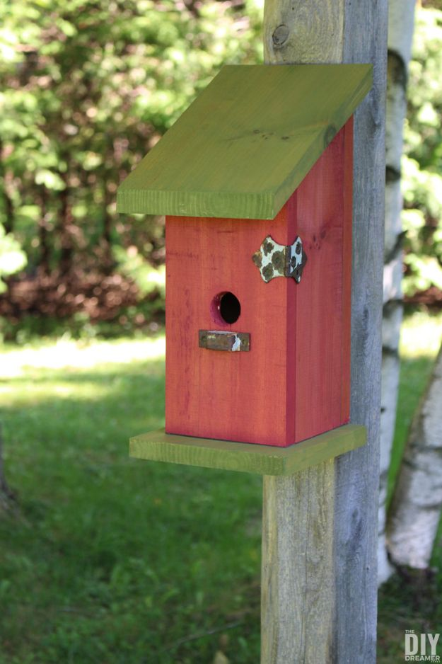 DIY Bird Houses - DIY Nail-Less Screw-Less And Glue-Less Birdhouse - Easy Bird House Ideas for Kids and Adult To Make - Free Plans and Tutorials for Wooden, Simple, Upcyle Designs, Recycle Plastic and Creative Ways To Make Rustic Outdoor Decor and a Home for the Birds - Fun Projects for Your Backyard This Summer