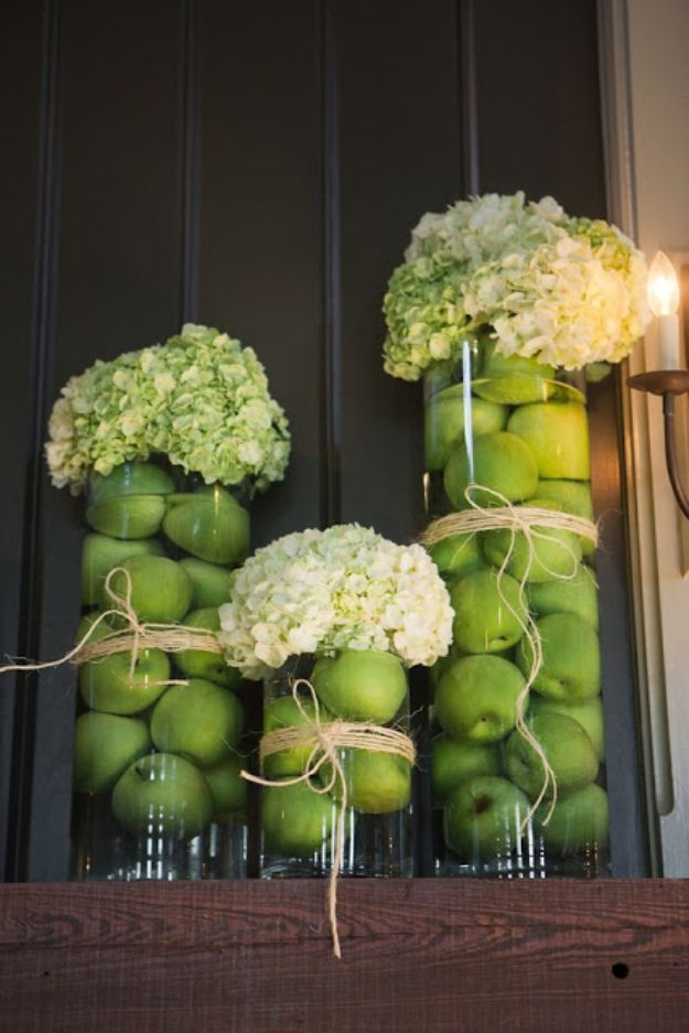 Best Dinner Party Ideas - Dinner Party Decor - Best Recipes for Foods to Serve, Casseroles, Finger Foods, Desserts and Appetizers- Place Settings and Cards, Centerpieces, Table Decor and Recipe Ideas for Supper Clubs and Dinner Parties http://diyjoy.com/best-dinner-party-ideas
