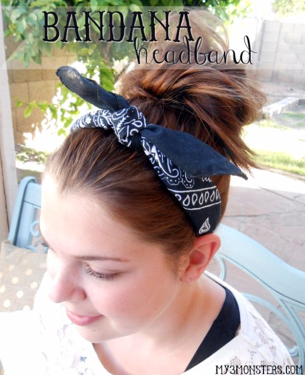 DIY Ideas With Bandanas - Easy Bandana Headband - Bandana Crafts and Decor Projects Made With A Bandana - No Sew Ideas, Bags, Bracelets, Hats, Halter Tops, Blankets and Quilts, Headbands, Simple Craft Project Tutorials for Kids and Teens - Home Decoration and Country Themed Crafts To Make and Sell On Etsy http://diyjoy.com/diy-ideas-bandanas