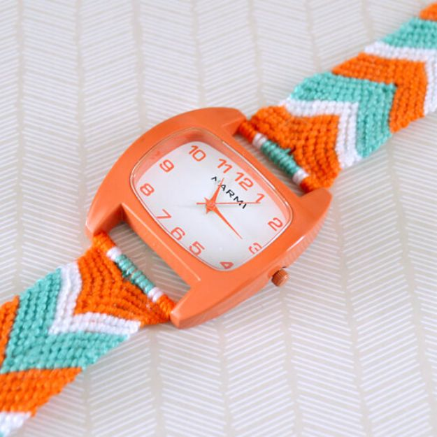 Macrame Crafts - Friendship Bracelet Watch - DIY Ideas and Easy Macrame Projects for Home Decor, Gifts and Wall Art - Cool Bracelets, Plant Holders, Beautiful Dream Catchers, Things To Make and Sell on Etsy, How To Make Knots for Your Macrame Craft Projects, Fun Ideas Even Kids and Teens Can Make #macrame #crafts #diyideas