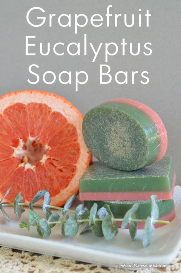 DIY Soap Recipes - Grapefruit Eucalyptus Soap Bars - Melt and Pour, Homemade Recipe Without Lye - Natural Soap crafts for Kids - Shea Butter, Essential Oils, Easy Ides With 3 Ingredients - soap recipes with step by step tutorials #soap #diygifts