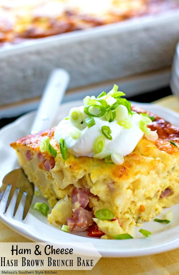 Best Brunch Recipes - Ham and Cheese Hash Brown Brunch Bake - Eggs, Pancakes, Waffles, Casseroles, Vegetable Dishes and Side, Potato Recipe Ideas for Brunches - Serve A Crowd and Family with the versions of Eggs Benedict, Mimosas, Muffins and Pastries, Desserts - Make Ahead , Slow Cooler and Healthy Casserole Recipes #brunch #breakfast #recipes