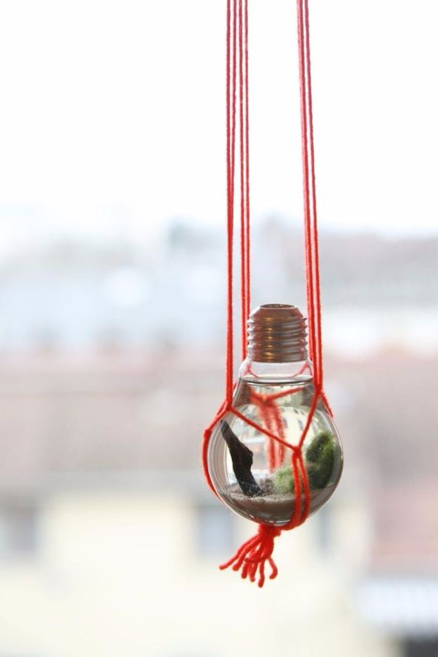 Macrame Crafts - Light Bulb Aquarium - DIY Ideas and Easy Macrame Projects for Home Decor, Gifts and Wall Art - Cool Bracelets, Plant Holders, Beautiful Dream Catchers, Things To Make and Sell on Etsy, How To Make Knots for Your Macrame Craft Projects, Fun Ideas Even Kids and Teens Can Make #macrame #crafts #diyideas