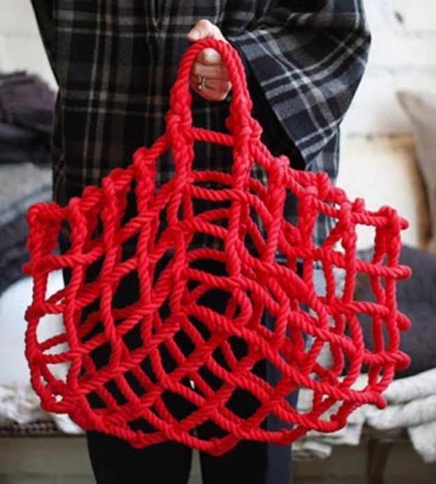 Macrame Crafts - Macrame Knot Bag - DIY Ideas and Easy Macrame Projects for Home Decor, Gifts and Wall Art - Cool Bracelets, Plant Holders, Beautiful Dream Catchers, Things To Make and Sell on Etsy, How To Make Knots for Your Macrame Craft Projects, Fun Ideas Even Kids and Teens Can Make #macrame #crafts #diyideas