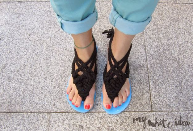 Macrame Crafts - Macrame Sandals DIY - DIY Ideas and Easy Macrame Projects for Home Decor, Gifts and Wall Art - Cool Bracelets, Plant Holders, Beautiful Dream Catchers, Things To Make and Sell on Etsy, How To Make Knots for Your Macrame Craft Projects, Fun Ideas Even Kids and Teens Can Make #macrame #crafts #diyideas