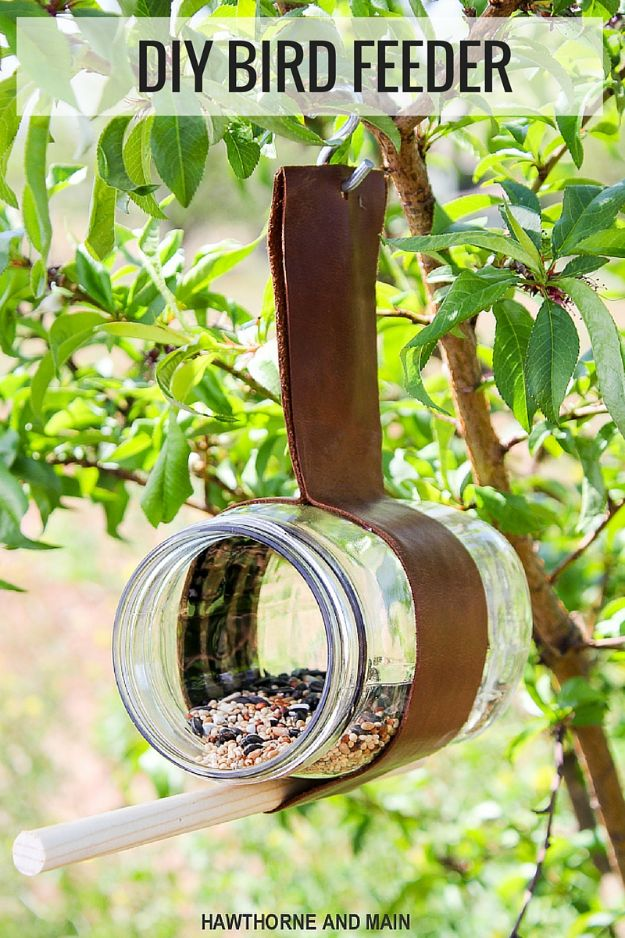 DIY Bird Feeders - Mason Jar Bird Feeder - Easy Do It Yourself Homemade Bird Feeder Ideas from Mason Jar, Wooden, Wine Bottle, Milk Jug, Plastic, Dollar Store Supplies - Squirrel Proof, Unique and Creative Tutorials That Make Cool DIY Gifts #diyideas #birds